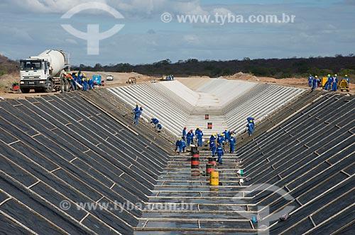 Assunto: Concretagem do canal de irrigação do lote 2 eixo norte  -  Projeto de Integração do Rio São Francisco com Bacias Hidrográficas do Nordeste Setentrional / Local: Salgueiro - Pernambuco (PE) - Brasil / Data: 08/2012