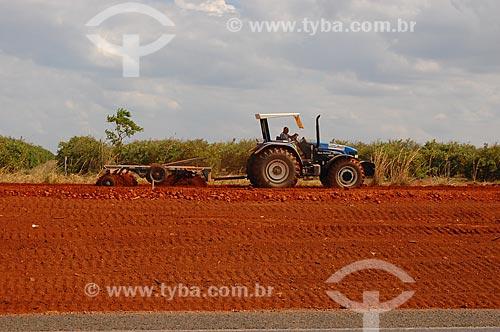 Assunto: BR-020 - Próximo ao município de Barreiras (BA) / Local: Barreiras - Bahia (BA) - Brasil / Data: 10/2006