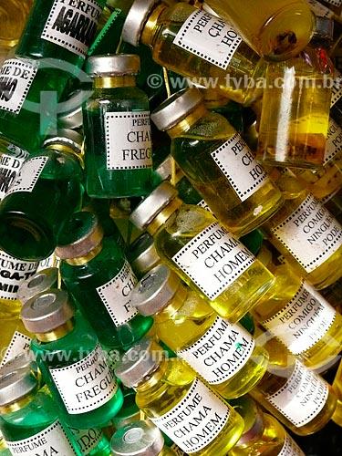 Assunto: Perfumes artesanais no Mercado Ver-o-Peso / Local: Bélem - Pará (PA) - Brasil / Data: 10/2006