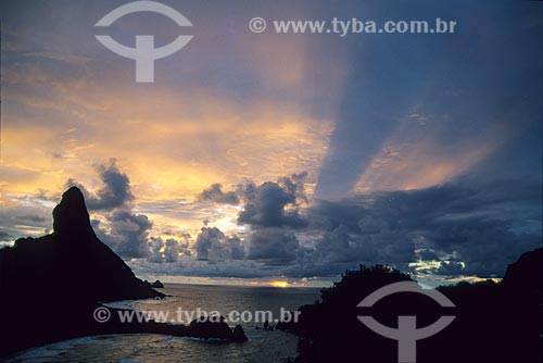 Assunto: Pôr do sol em Fernando de Noronha / Local: Arquipélago de Fernando de Noronha - Pernambuco (PE) - Brasil / Data: 10/2012