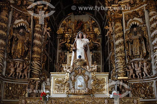 Assunto: Altar-mor da Igreja Nossa Senhora do Carmo (Século XVIII) / Local: Alcântara - Maranhão (MA) - Brasil / Data: 09/2010