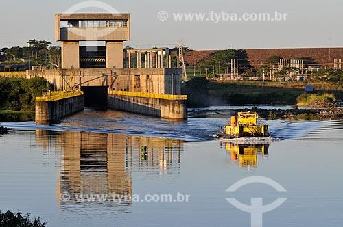 Assunto: Eclusa da Usina Hidrelétrica Nova Avanhandava (1982) / Local: Buritama - São Paulo (SP) - Brasil / Data: 07/2012
