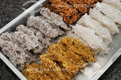 Assunto: Cocada - doce caseiro feito à base de coco ralado e açúcar / Local: Nova Itapirema  -  Nova Aliança  -  São Paulo  ( SP )   -  Brasil / Data: 07/2012
