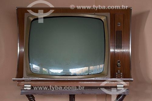 Assunto: Televisão da década de 70 da marca Philco / Local: Quixadá - Ceará (CE) - Brasil / Data: 11/2012