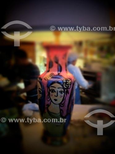 Assunto: Abajur - elemento decorativo - foto feita com IPhone / Local: São Paulo (SP) - Brasil / Data: 09/2012