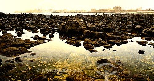 Assunto: Pedras no Ponto do Almadies (Pointe des Almadies) - ponto mais ocidental do continente da África / Local: Dakar - Senegal - África / Data: 03/2012
