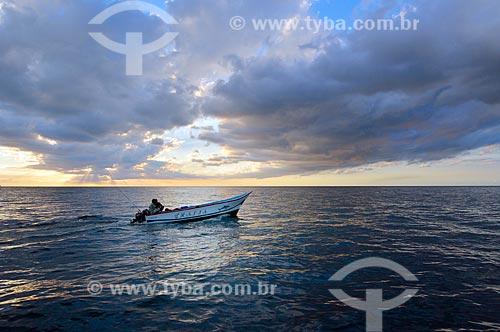 Assunto: Lancha na Baía du Tombeau / Local: Distrito de Pamplemousses - República do Maurício - África / Data: 05/2012