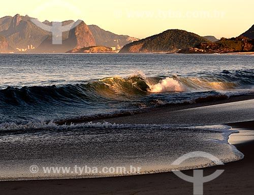 Assunto: Praia da Cambinhas com o Rio de Janeiro ao fundo / Local: Camboinhas - Niterói - Rio de Janeiro (RJ) - Brasil / Data: 07/2012
