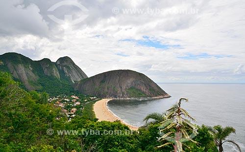 Assunto: Vista da Praia de Itacoatiara com o Costão ao fundo / Local: Niterói - Rio de Janeiro (RJ) - Brasil / Data: 12/2010