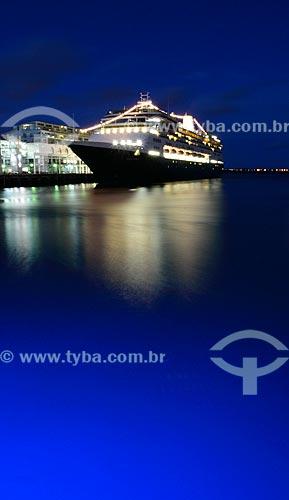 Assunto: Navio atracando no Terminal de Balsas / Local: Auckland - Nova Zelândia - Oceania / Data: 01/2011