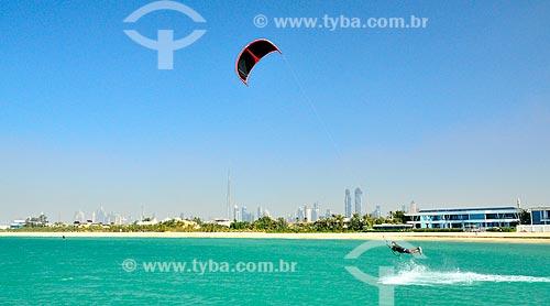 Assunto: Kitesurf na Praia de Jumeirah / Local: Jumeirah - Dubai - Emirados Árabes Unidos - Ásia / Data: 02/2011