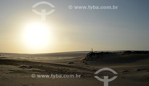Assunto: Pôr do sol no Parque Nacional dos Lençóis Maranhenses / Local: Barreirinhas - Maranhão (MA) - Brasil / Data: 10/2012