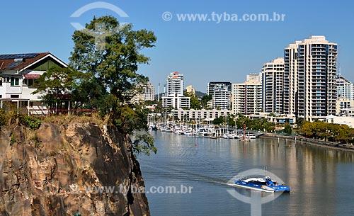 Assunto: Edifícios às margens do Rio Brisbane / Local: Brisbane - Queensland - Austrália - Oceania / Data: 07/2011