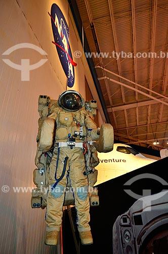 Assunto: Traje EVA (Extra Vehicular Activity) utilizado quando os astronáutas precisam fazer atividades fora da nave espacial / Local: Houston - Texas - Estados Unidos da América - América do Norte / Data: 09/2011