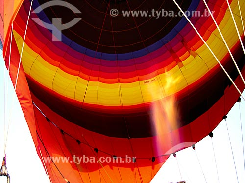 Assunto: Maçarico de balão / Local: Al Ain - Emirados Árabes Unidos - Ásia / Data: 01/2009