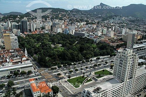 Assunto: Vista da Praça da República, Avenida Presidente Vargas e Torre do relógio da Estação Central do Brasil à esquerda  / Local: Cidade Nova - Rio de Janeiro (RJ) - Brasil / Data: 12/2012