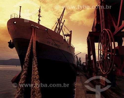Assunto: Navio no Porto de São Francisco do Sul / Local: São Francisco do Sul - Santa Catarina (SC) - Brasil / Data: 09/2002