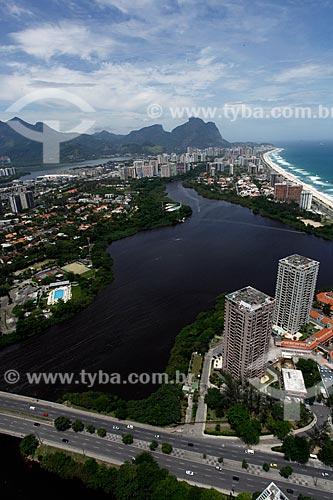 Assunto: Vista da lagoa de Marapendi, praia da Barra da Tijuca e Pedra da Gávea ao fundo / Local: Barra da Tijuca - Rio de Janeiro (RJ) - Brasil / Data: 12/2012