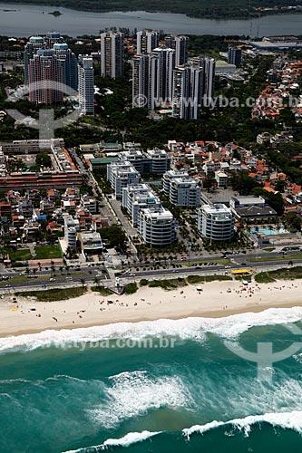 Assunto: Vista da Praia da Barra da Tijuca e avenida Sernambetiba e lagoa de Marapendi ao fundo / Local: Rio de Janeiro - Rio de Janeiro (RJ) - Brasil / Data: 12/2012