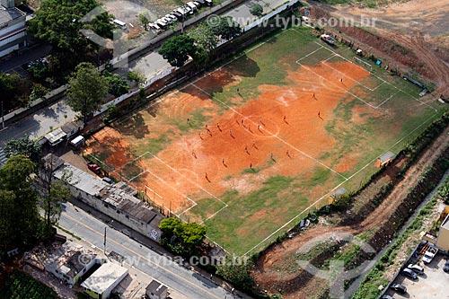 Assunto: Campo de futebol de terra batida / Local: São Paulo (SP) - Brasil / Data: 11/2012