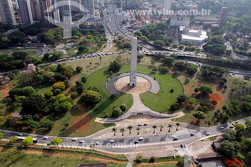 Assunto: Obelisco Mausoléu aos Heróis de 32 - Projeto do escultor ítalo-brasileiro Galileo Ugo Emendabili / Local: São Paulo (SP) - Brasil / Data: 11/2012