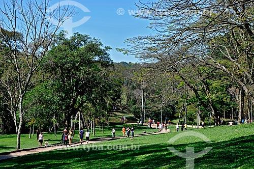 Assunto: Pessoas no Parque do Carmo em Itaquera / Local: Itaquera - São Paulo (SP) - Brasil / Data: 08/2008