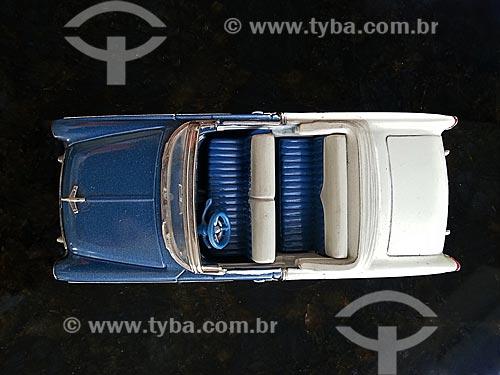 Assunto: Carro de brinquedo - conversível e com bancos inteiriços / Local: Rio de Janeiro (RJ) - Brasil / Data: 09/2012