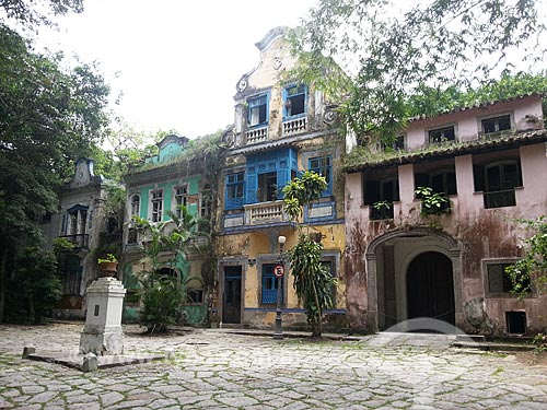 Assunto: Casarios no Largo do Boticário / Local: Cosme Velho - Rio de Janeiro (RJ) - Brasil / Data: 11/2012