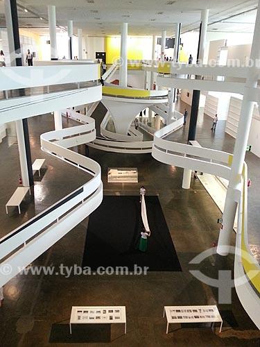 Assunto: Interior do Pavilhão Ciccillo Matarazzo - também conhecido como Pavilhão da Bienal / Local: Parque do Ibirapuera - São Paulo (SP) - Brasil / Data: 12/2012