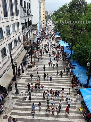 Assunto: Pedestres na Rua General Carneiro / Local: Sé - São Paulo (SP) - Brasil / Data: 12/2012