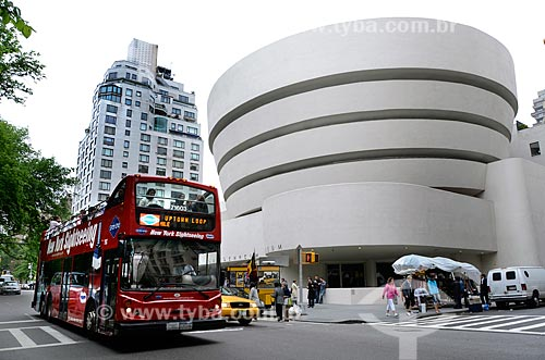 Assunto: Fachada do Museu Solomon R. Guggenheim (1959) / Local: Manhattan - Nova Iorque - Estados Unidos - América do Norte / Data: 05/2011