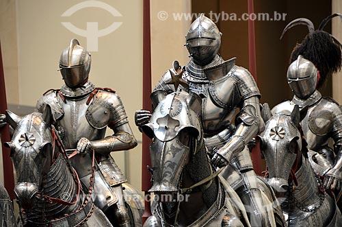 Assunto: Galeria de armas e armaduras do Museu Metropolitano de Arte (1820) / Local: Manhattan - Nova Iorque - Estados Unidos - América do Norte / Data: 06/2011