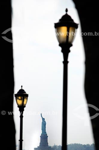 Assunto: Estátua da Liberdade (1886) vista do porto de Nova Iorque / Local: Nova Iorque - Estados Unidos - América do Norte / Data: 06/2011