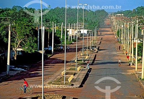Assunto: Avenida Equatorial que marca a Linha do Equador / Local: Macapá - Amapá (AP) - Brasil / Data: 2003