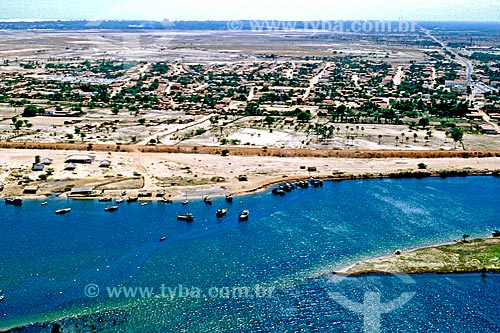 Assunto: Vista do Rio Jaguaribe e cidade de Aracati ao fundo / Local: Aracati - Ceará (CE) - Brasil / Data: 1993