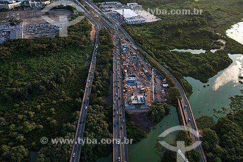 Assunto: Canteiro de obra da ponte estaiada do BRT (Bus Rapid Transit) da Transcarioca / Local: Barra da Tijuca - Rio de Janeiro (RJ) - Brasil / Data: 01/2013