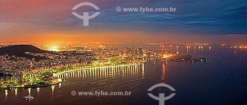 Assunto: Aterro do Flamengo com o Aeroporto Santos Dumont à direita / Local: Rio de Janeiro (RJ) - Brasil / Data: 01/2013