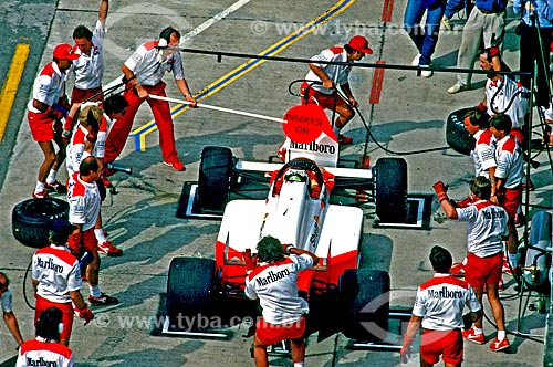 Assunto: Troca de pneus no Grande Prêmio de Fórmula 1 no Autódromo Internacional Nelson Piquet conhecido como Autódromo de Jacarepaguá / Local: Jacarepaguá - Rio de Janeiro (RJ) - Brasil / Data: 1989