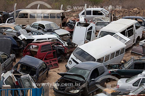 Assunto: Depósito de carros fora de uso / Local: Afogados da Ingazeira - Pernambuco (PE) - Brasil / Data: 01/2013