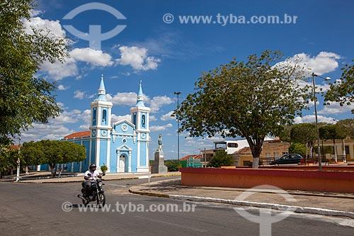 Assunto: Praça Amaro Lafayette com Igreja Imaculada Conceição - à esquerda / Local: Sertânia - Pernambuco (PE) - Brasil / Data: 01/2013