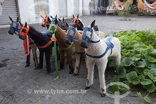 Assunto: Cavalos de brinquedo na Feira de Caruaru Compositor Onildo Almeida / Local: Caruaru - Pernambuco (PE) - Brasil / Data: 01/2013