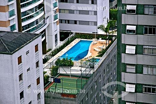 Assunto: Piscina em cobertura de prédio / Local: Perdizes - São Paulo (SP) - Brasil / Data: 09/2006