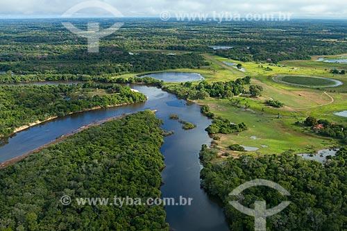 Assunto: Vista aérea do Rio Negro na região da Fazenda Barranco Alto no Pantanal Sul / Local: Aquidauana - Mato Grosso do Sul (MS) - Brasil / Data: 05/2010