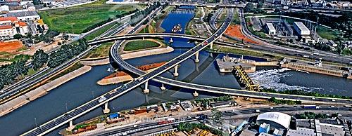 Assunto: Complexo Viário Heróis de 1932  no encontro do rio Tiête e rio Pinheiros / Local: São Paulo (SP) - Brasil / Data: 2008