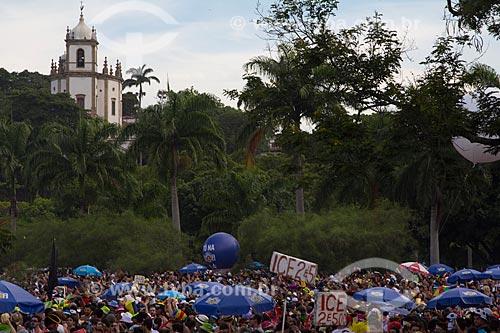 Assunto: Desfile do Bloco Sargento Pimenta com a Igreja de Nossa Senhora da Glória do Outeiro (1739) ao fundo / Local: Glória - Rio de Janeiro (RJ) - Brasil / Data: 02/2013
