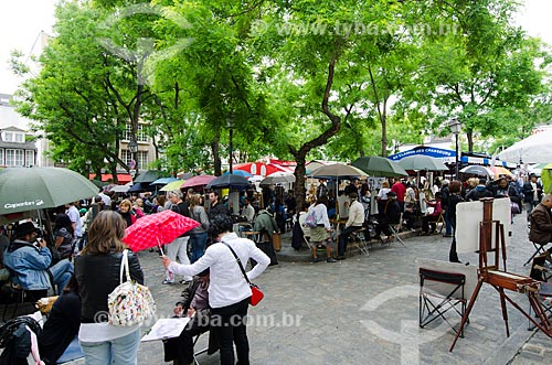 Assunto: Feira de antiguidades de Montmartre / Local: Montmartre - Paris - França - Europa / Data: 06/2012