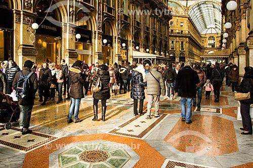 Assunto: Interior da Galleria Vittorio Emanuele II, o mais antigo centro de compras da Itália na região da Lombardia / Local: Milão - Província de Milão - Itália / Data: 12/2012