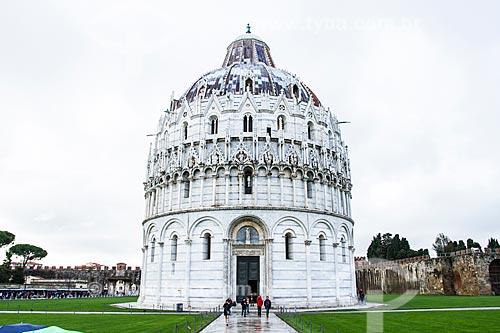 Assunto: Batistério de Pisa na Praça dos Milagres (Piazza dei Miracoli) / Local: Pisa - Itália - Europa / Data: 12/2012