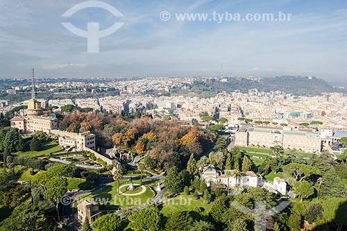 Assunto: Vista da cidade de Roma a partir do Domo da Basílica de São Pedro / Local: Cidade do Vaticano - Roma - Itália - Europa / Data: 12/2012