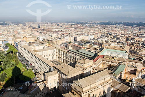 Assunto: Museu do Vaticano e cidade de Roma vistos a partir do Domo da Basílica de São Pedro / Local: Cidade do Vaticano - Roma - Itália - Europa / Data: 12/2012
